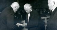 13.stāsts. A. Čaks un Annas Brigaderes prēmija